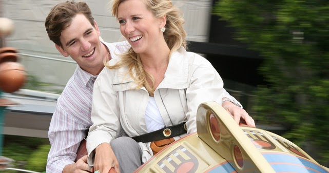 Who's Eli Manning's wife Abby McGrew? Wiki: Wedding, Siblings, Married