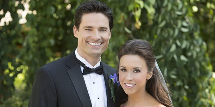 Who's Lacey Chabert husband David Nehdar? Wiki: wedding ...
