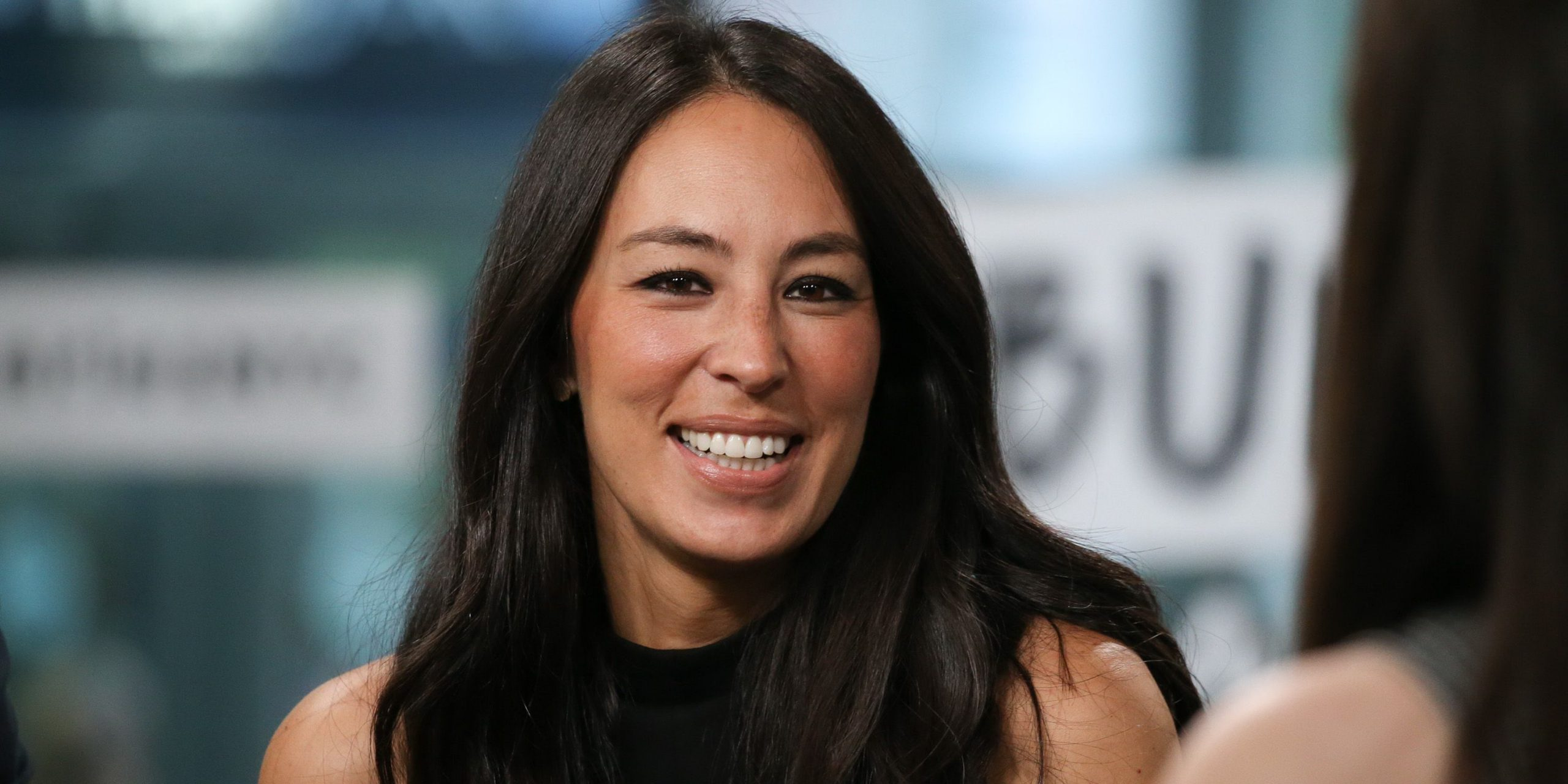 Where Did Joanna Gaines Grow Up Wiki Husband Chip Gaines Net Worth,Best Artificial Christmas Trees For Heavy Ornaments