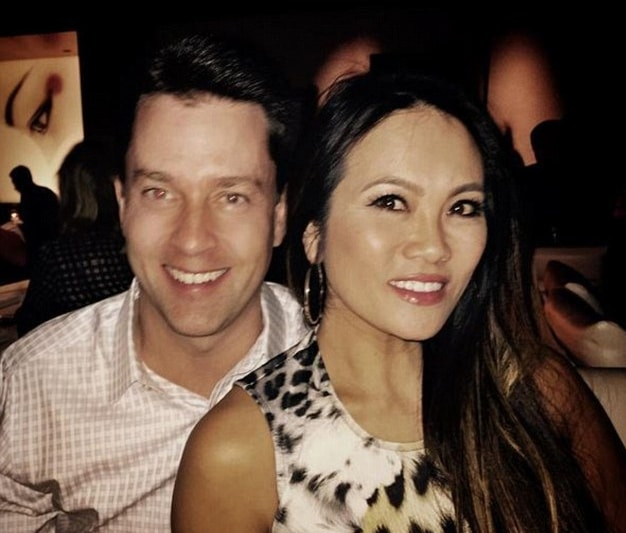 Who is Dr  Sandra Lee a k a Pimple Popper? Bio: Husband, Net Worth