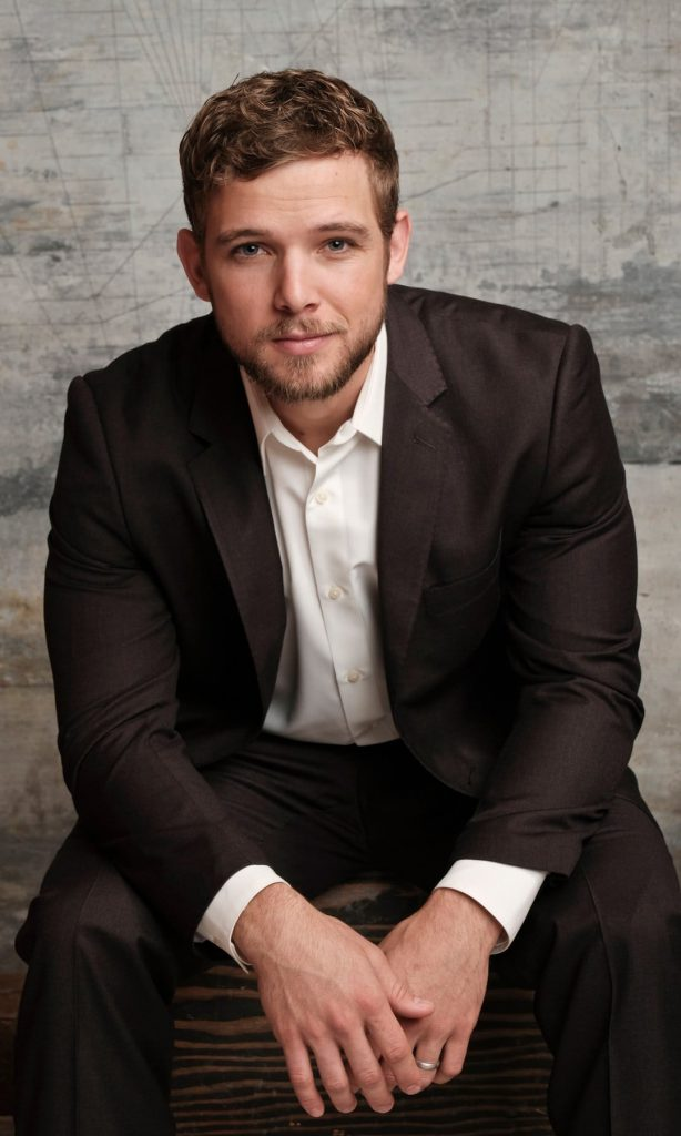 Max Thieriots Wiki Bio, age, height, wife Lexi Murphy